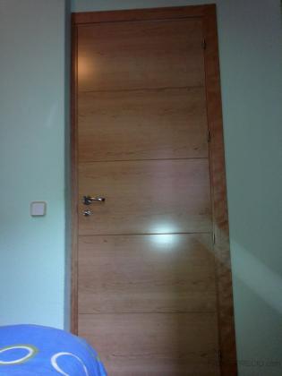 Puerta de paso habitación Cerezo