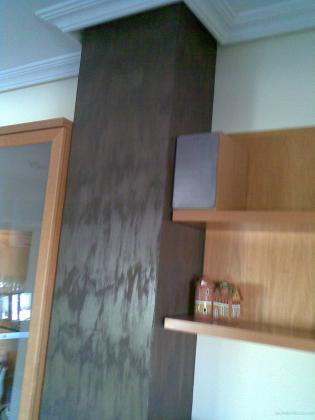 Alisado, pintura, tres colores, imitación columnas de madera