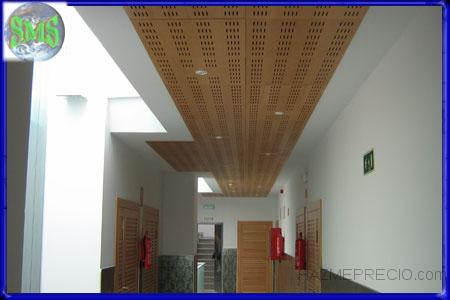 Techo de madera de haya vaporizada y perímetro de pladur