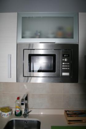 Reformasycontrucciones mye 46017 valencia valencia - Mueble alto microondas ...