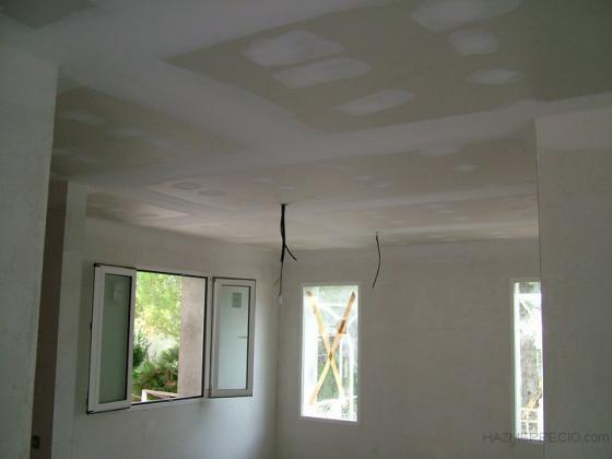 Techos de pladur, cambio de ventanas y enlucido de paredes con yeso