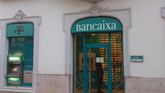 Rehabilitación de fachada en vall de uxo, castellon para Bankia
