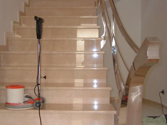 Limpiezas pulibrillo albatera 03340 albatera alicante - Marmol para escaleras ...