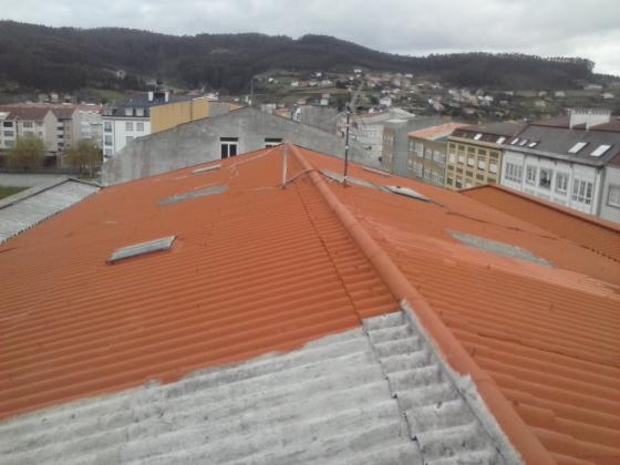 Trabajos en tejados y terrazas ( Pintado e impermeabilizaciones )