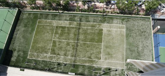 PISTA TENIS CESPED ARTIFICIAL