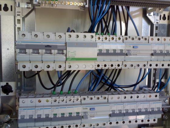 Electricidad marpemur 30820 alcantarilla murcia for Caja cuadro electrico