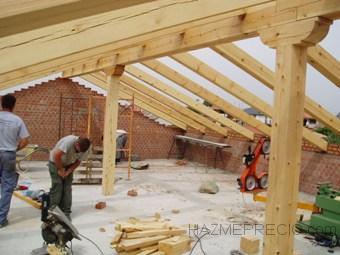 Construcciones y reformas en general 28850 torrej n de for Tejados de madera precio m2