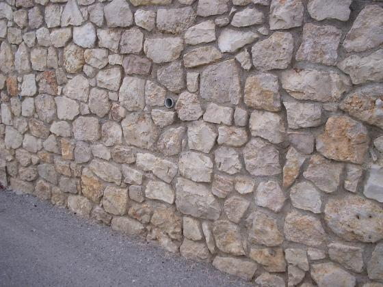 muro de mamposteria caliza