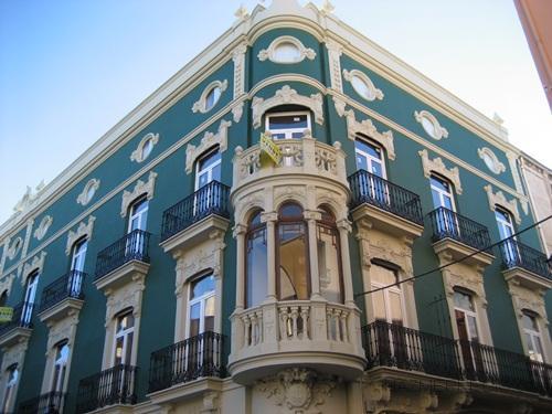 Rehabilitación integral de edificio en Carcaixet - Detalle final fachada