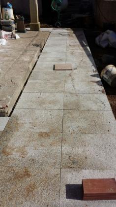 Trabajos en piedra  ( Colocacion de aceras, balaustradas, fachadas, etc....)