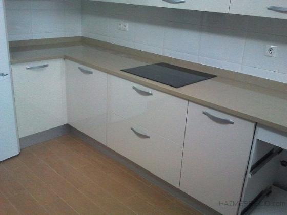Encimeras de cocina barakaldo vizcaya for Precios de encimeras para cocinas