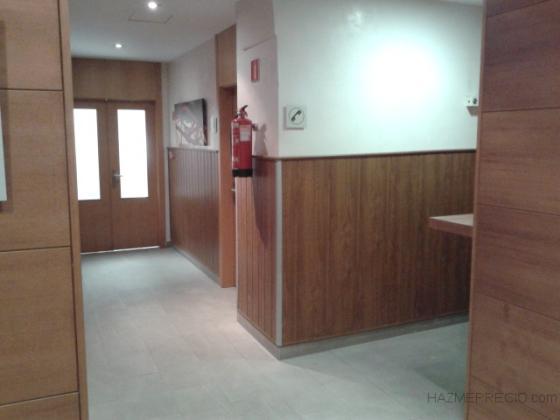 Revestimiento de pvc en hotel jerez de la frontera cadiz for Revestimiento paredes interiores pvc