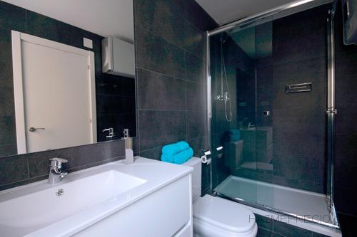 Reforma integral apartamento tur stico en la calle for Reforma lavabo precio