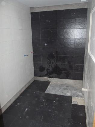 reforma integral de baño-realizacion de plato de ducha a ras de suelo