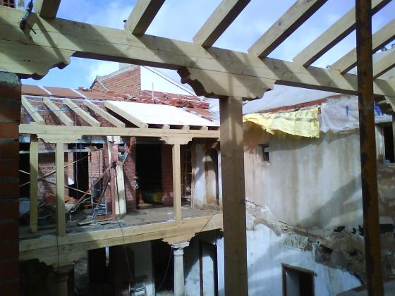 Rehabilitaci n casa antigua madridejos toledo - Cambiar tejado casa antigua ...