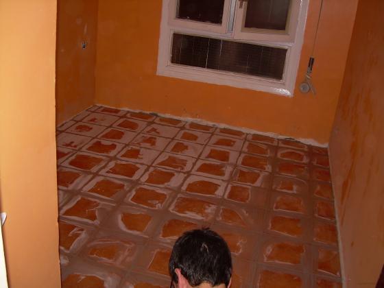 Reforma de suelo de una sala en una vivienda irun - Reformas en guipuzcoa ...