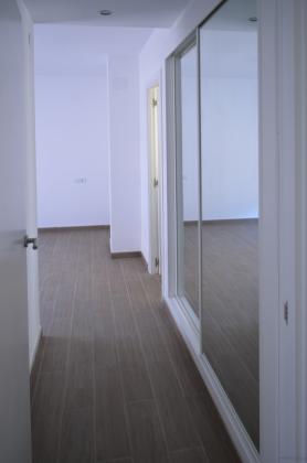 Reforma integral de atico en ensanche burjassot valencia - Puertas blancas lacadas o pintadas ...