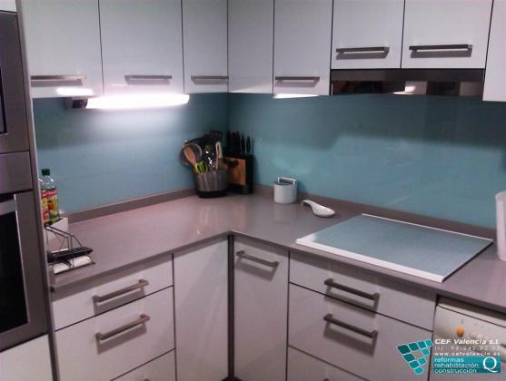 Reforma integral de vivienda en el barrio de benimaclet for Reforma integral cocina valencia