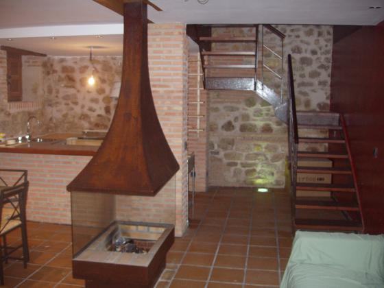 Reforma vivienda unifamiliar rustica guadalajara - Revestimientos de chimeneas rusticas ...