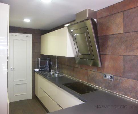 Reforma integral piso 120 m2 barcelona - Alicatado de cocina ...