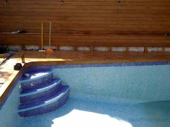 Reforma integral de casa completa sevilla for Escaleras para piscinas de obra