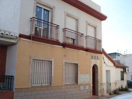 Edificio plurifamiliar de dos viviendas motril granada - Fachadas con monocapa ...