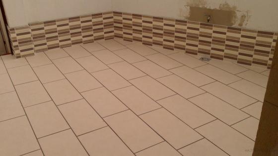 Construcci n de cuarto lavadero y reforma de patio - Azulejos para patio ...