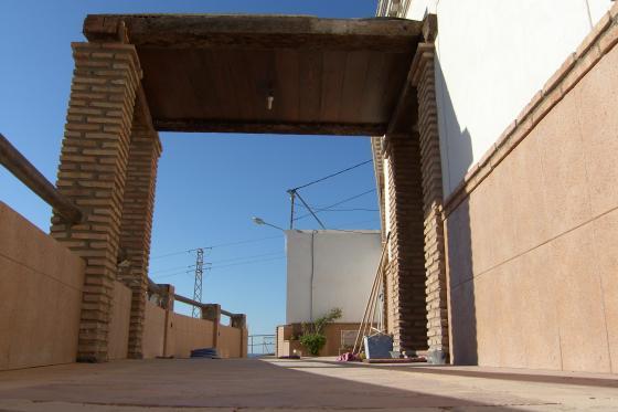 Reforma integral de vivienda berja almeria - Vigas de tren ...