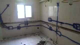 Fase derribo e instalaciones sanitarias y electricas