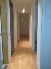 alisado y pintado de paredes suelo laminado Haya