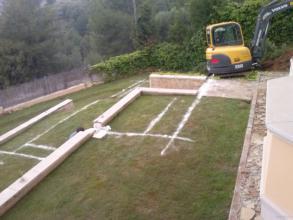 Inicio de la excavacion y detalle de como hera el jardín antes