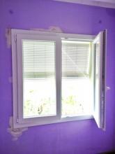 sustitucion de la ventana y colocacion de persiana mallorquina,2 unidades.