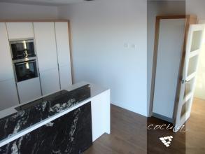 Imagen panorámica de la cocina realizada en Albal. Visita la galería de esta obra en nuestra web